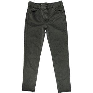 AEO Super Stretch Tomgirl Skinny Pant size 8XLong
